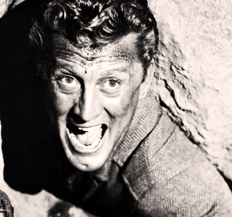 Ace in the Hole (1951) – Billy Wilder
