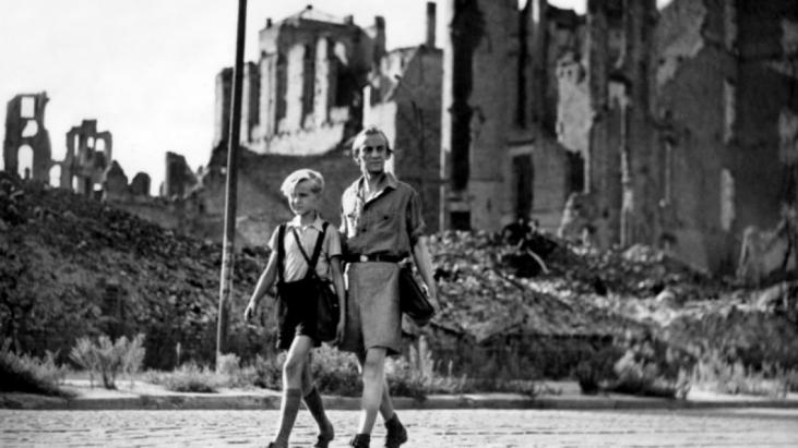 Rossellini's War Trilogy (1945-1948): Gerçeğe Bakabilmek