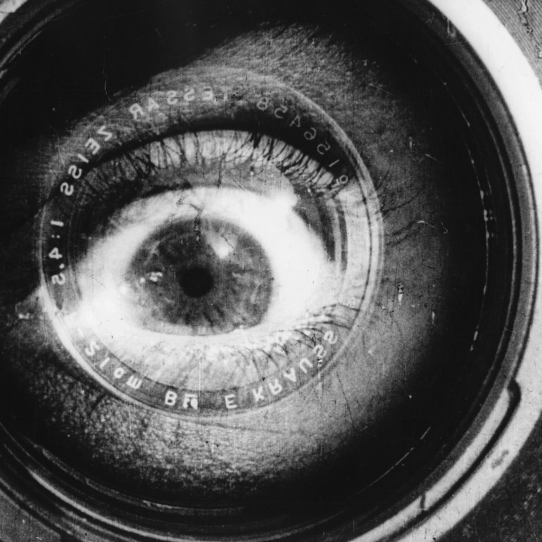 Man With a Movie Camera (1929): Saf Gerçekçilik