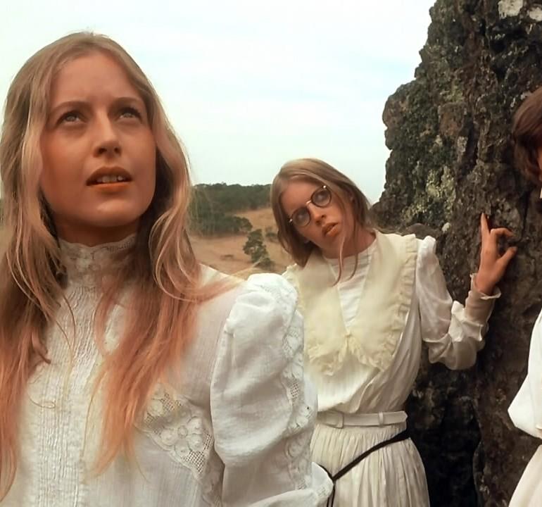 Picnic at Hanging Rock (1975): Kayalıklarda Kimlik Bunalımları