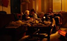 Pandora'nın Kutusu (2008): Açtırma Kutuyu, Söyletme Kötüyü