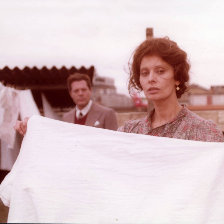 Una Giornata Particolare (1977): Faşizm Karşıtı Bir Sinema Destanı