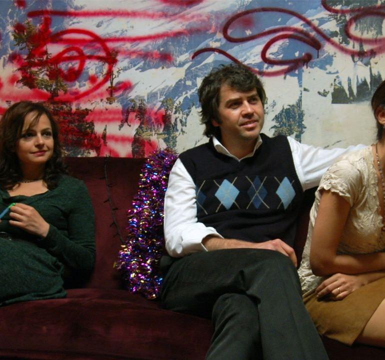 Ara (2008): Rol Sadakatsizliği ve Köklerle Çatışma