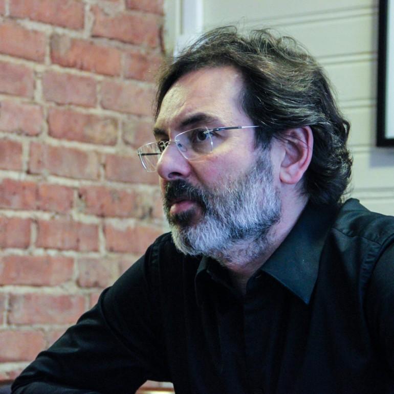 """Murat Gülsoy: """"Sinema, Hikaye Anlatmanın Ötesinde Bir Dünya Kurmalı."""""""