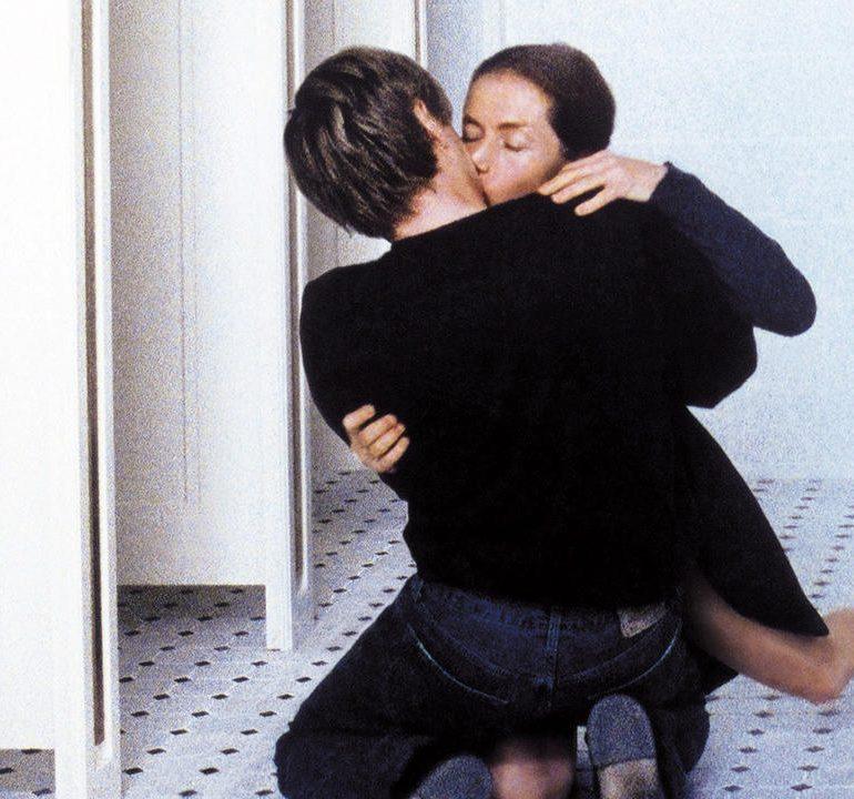 Gelmiş Geçmiş En Karanlık 10 Aşk Filmi
