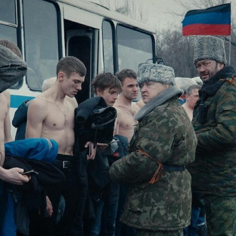 Donbass (2018): Temsile Tanık Olmak, Gerçeğe Seyirci Kalmak
