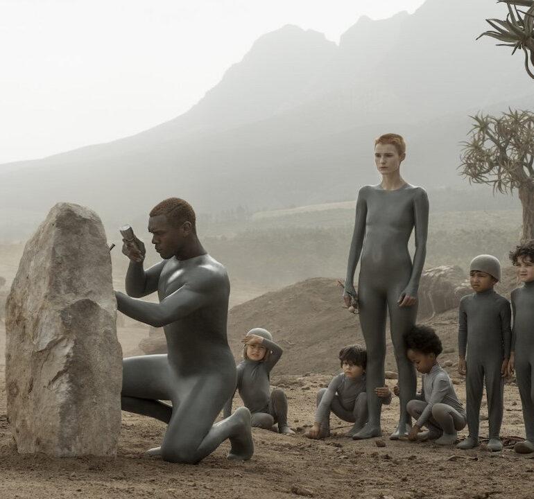 Raised by Wolves (2020): Maternal Ses Evreni ve Anne Tarafından Yutulma (İğdiş Edilme) Korkusu